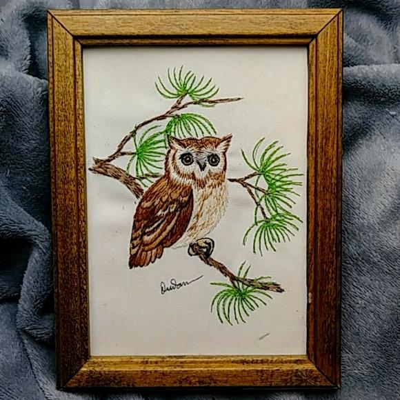 Vintage Framed Needlepoint Owl Wall Hanging l
